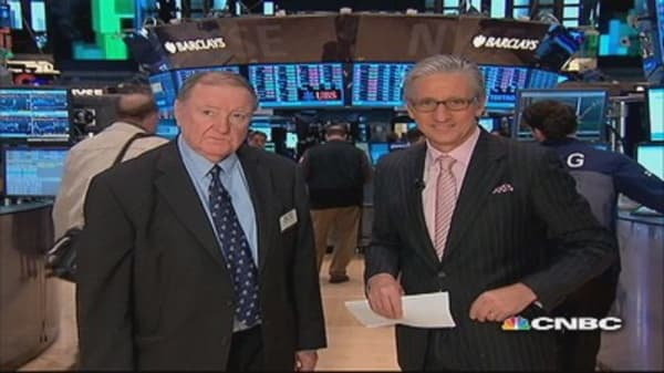 90 Seconds with Art Cashin: Buy the dips crowd spot-on