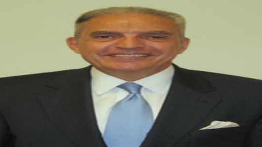 Mr. Ronald Cruz