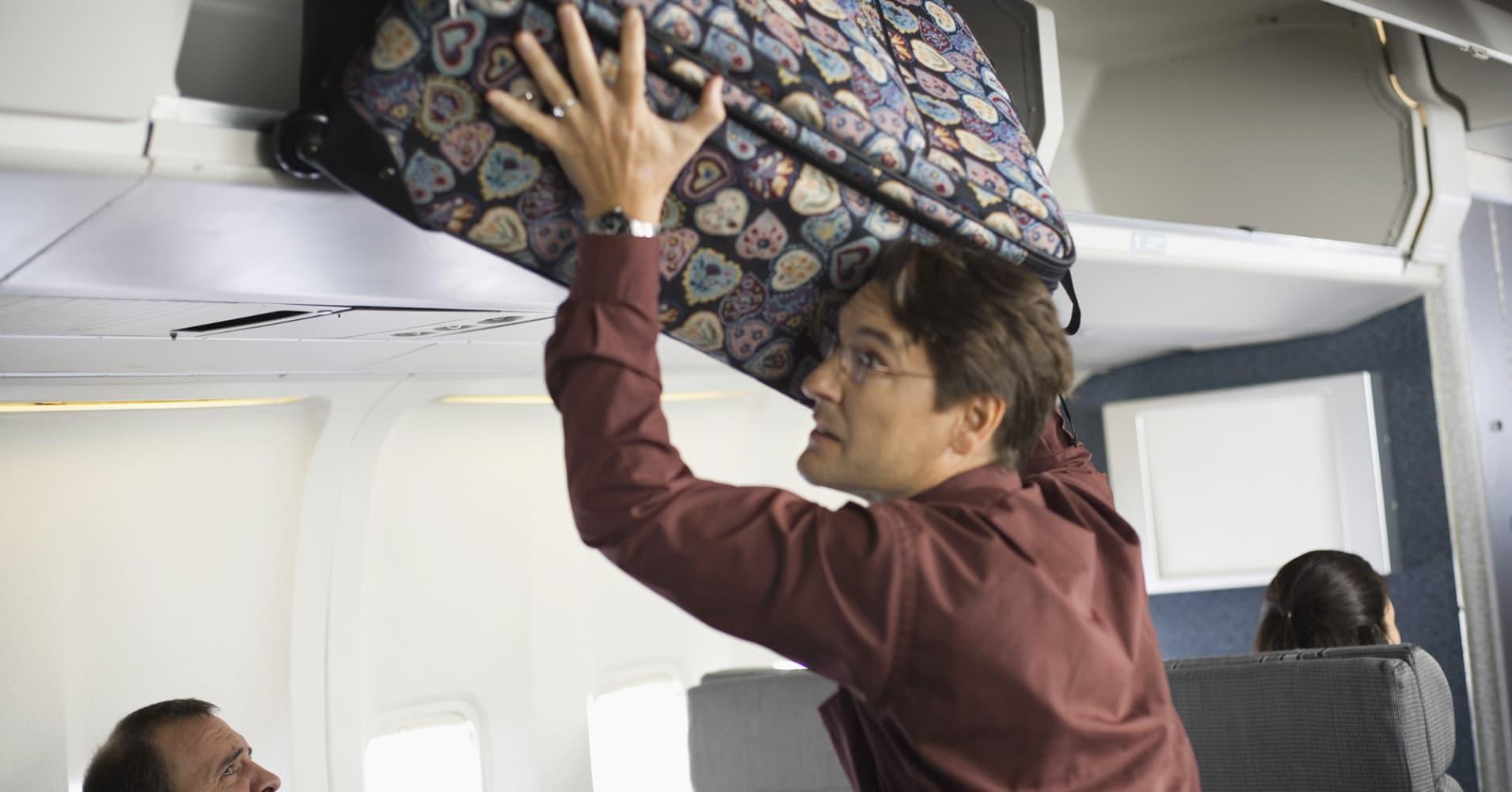 Правила провоза багажа и ручной клади в самолете