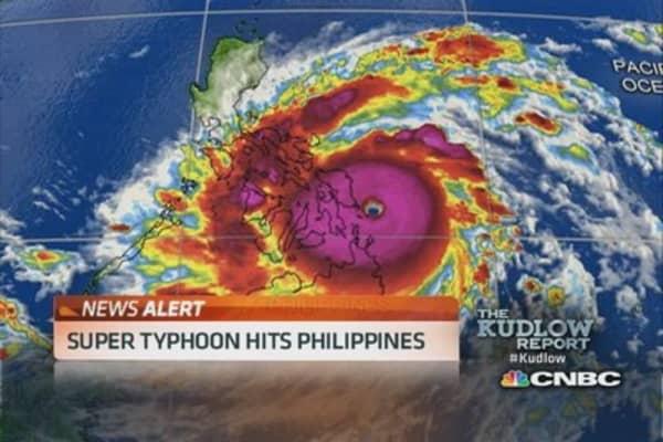 Super Typhoon hits Philippines