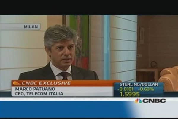 Telecom Italia CEO rules out 2014 right issue