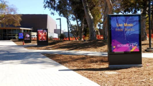 UC San Diego Digital Street Furniture