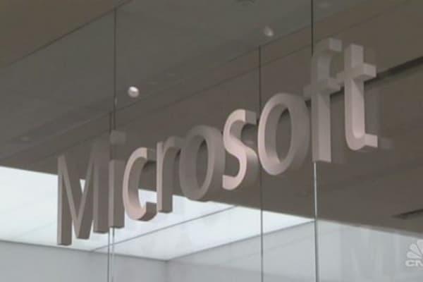 Microsoft axes employee ranking system