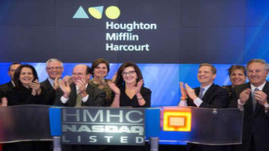 Houghton Mifflin Harcourt (b)