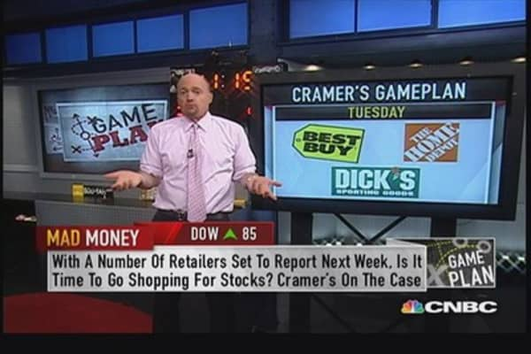 Cramer sees a positive read on the consumer