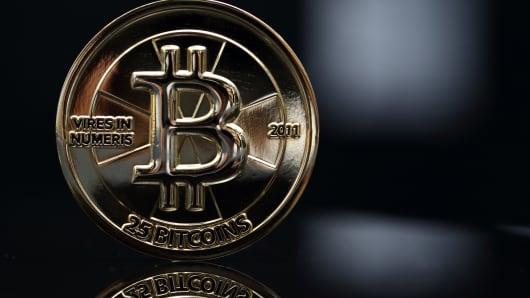 A 25-bitcoin piece