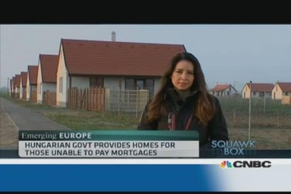 Life in Hungary's debtors village