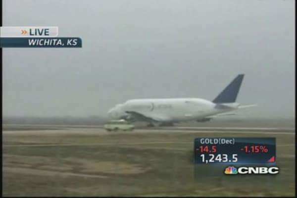Boeing Dreamlifter lifts off