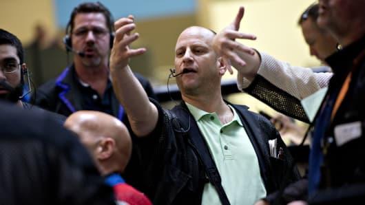 Bond traders