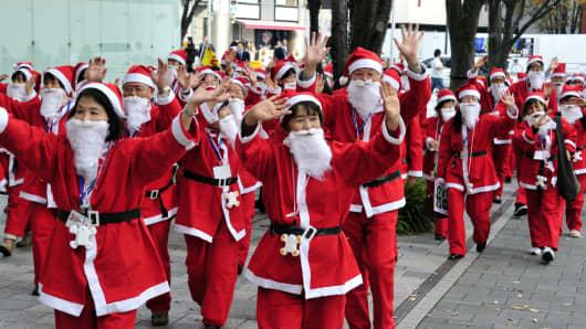 Santa Claus trainees of Tokyo's 'Santa Claus academy/'