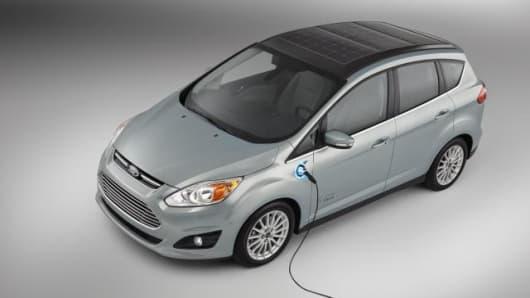 C-MAX Solar Energi Concept car & Ford develops solar powered car for everyday use markmcfarlin.com