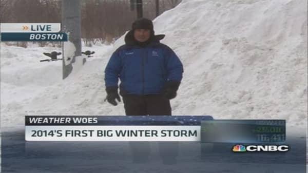 Snowstorm brings travel delays