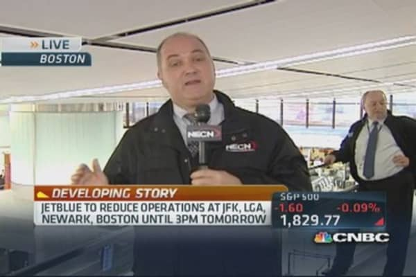JetBlue reducing operations at some airports