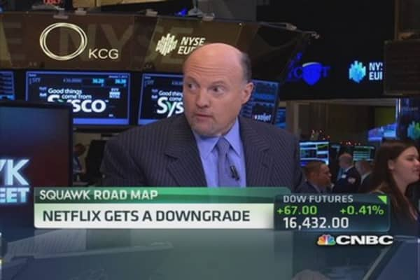 Cramer: NFLX downgrade premature?