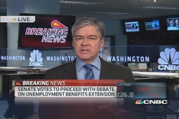 Senate proceeds with unemployment benefits debate