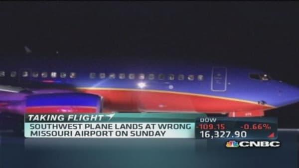 Southwest aircraft lands at wrong airport