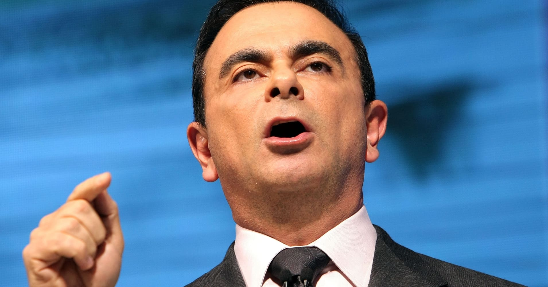 Japanese prosecutors reportedly will arrest Carlos Ghosn on fresh claim, prolonging custody