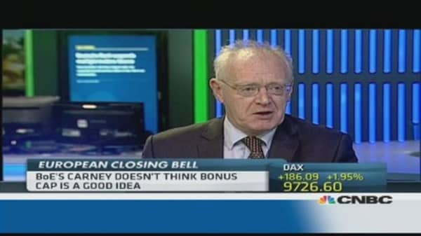 Cash bonus cap is 'stupid idea': Pro