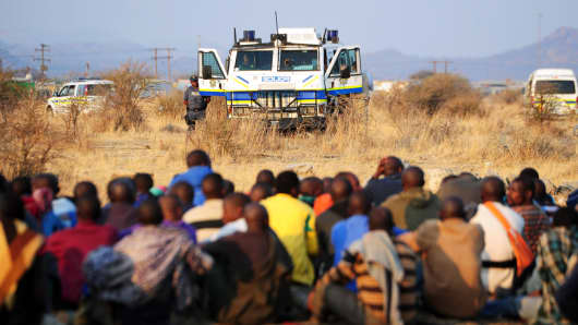 Thousands of striking mine workers in Rustenburg, South Africa, in 2012.