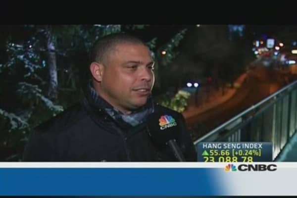 CNBC speaks to football legend Ronaldo at Davos