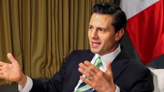 Mexican President Enriique Peña Nieto speaking at WEF in Davos, Switzerland