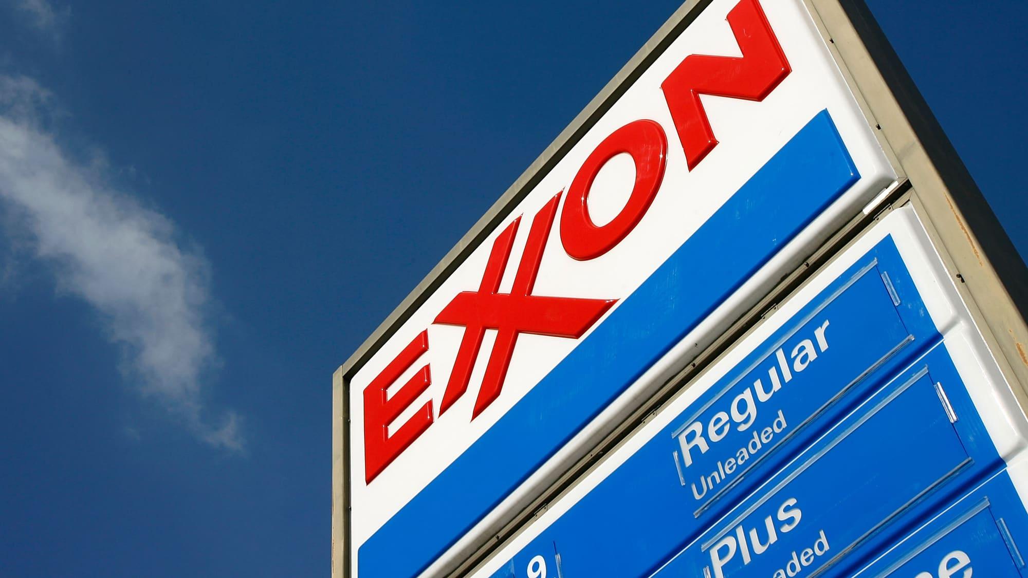 Exxon Mobil Shares Plunge As Oil Giant Misses On Fourth Quarter Profit