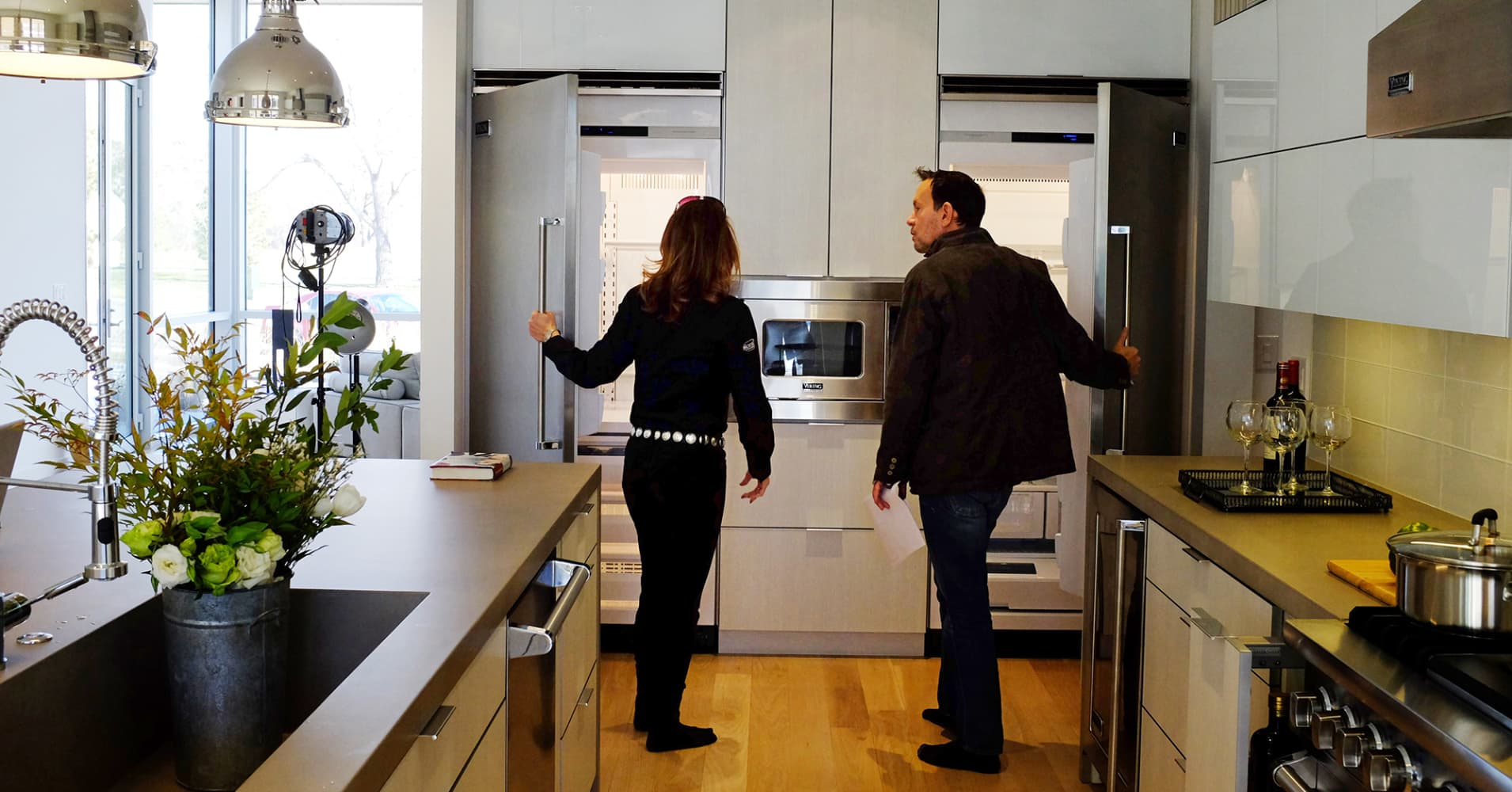 Home prices surge in February – even as mortgage rates rise 1