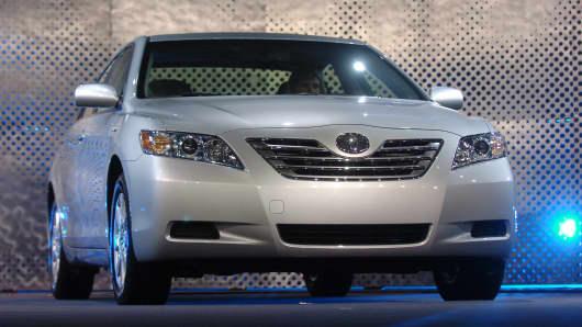 2007 Toyota Camry Hybrid.