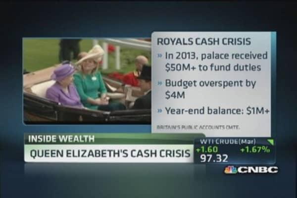 Queen Elizabeth's cash crisis
