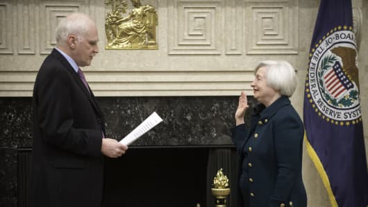 Janet Yellen is sworn in as Federal Reserve chair