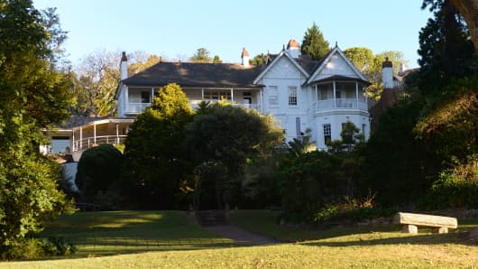 """Fairfax family mansion """"Elaine"""""""