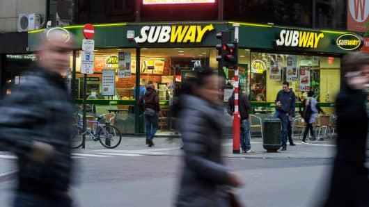 A Subway fast food restaurant
