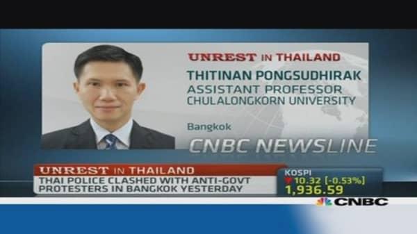Noose is tightening on Thailand's Shinawatra: Pro