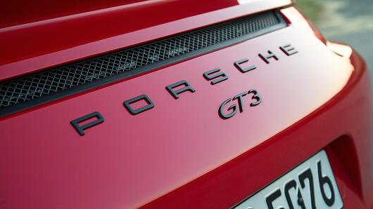 Porsche warning: 911 GT3s can catch fire.