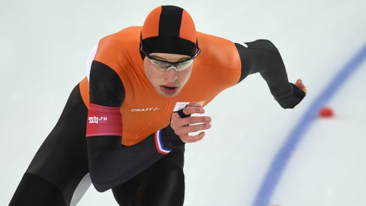 Netherlands' Sven Kramer competes in the Men's Speed Skating 10000 m at the Adler Arena during the Sochi Winter Olympics on February 18, 2014.