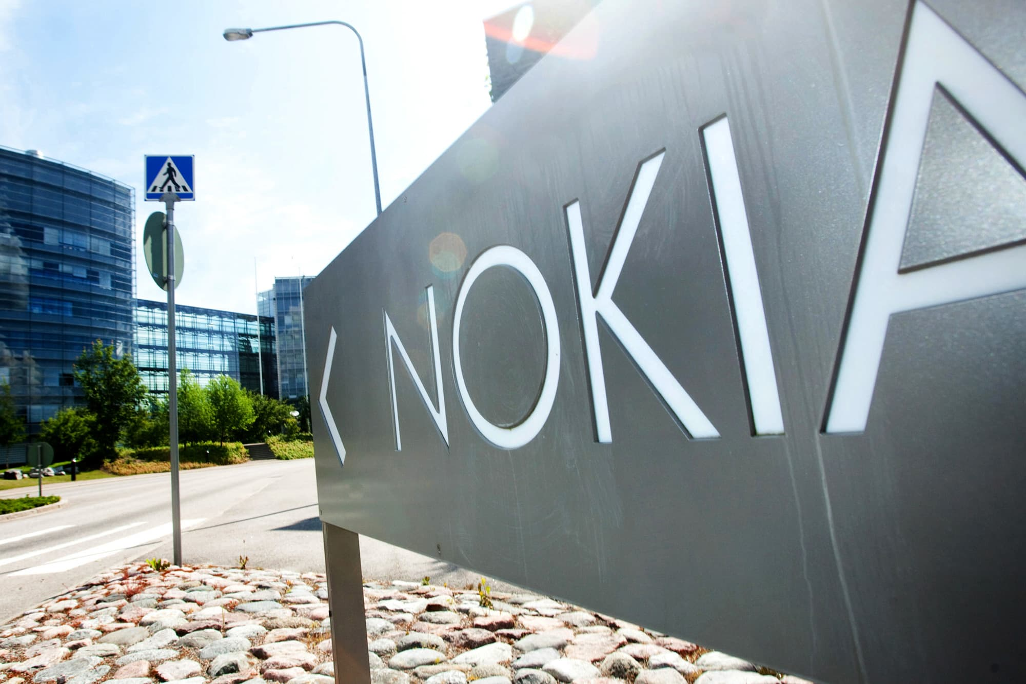 Nokia Considers Buying Juniper To Expand Network Unit