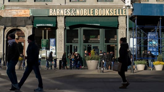 Activist Investor Launches Bid to Take Barnes & Noble Private