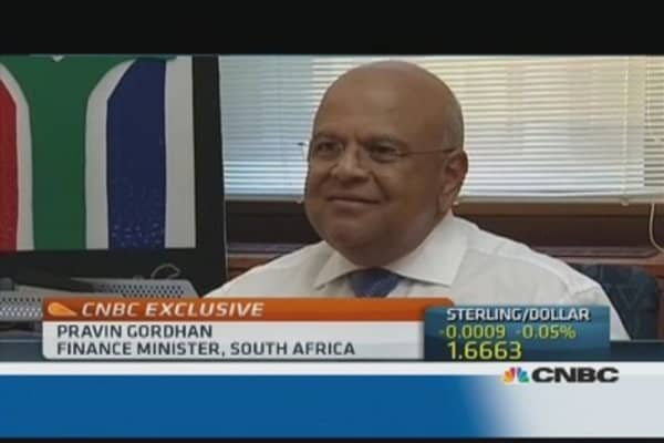 Rand must support exporters: Fin min