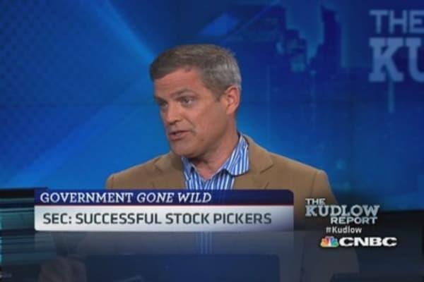 SEC: 'Who is regulating the regulator?'