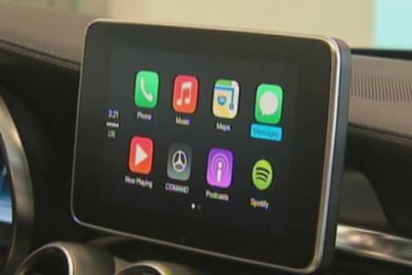 Tech Yeah! Apple's newest weapon in car battle