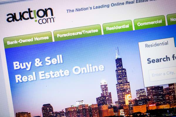 Google pours in money into Auction.com