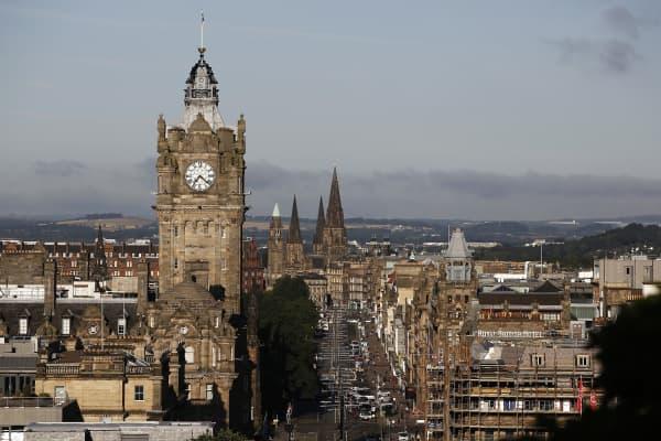 city skyline in Edinburgh, U.K.
