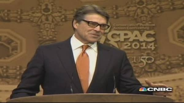 Gov. Perry rouses CPAC crowd