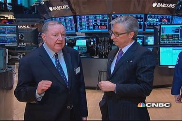 Cashin says: Small hint bank lending picking up
