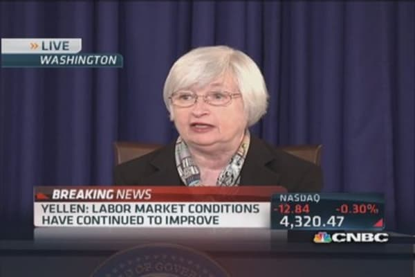 Fed's Yellen expects inflation to move back to 2%