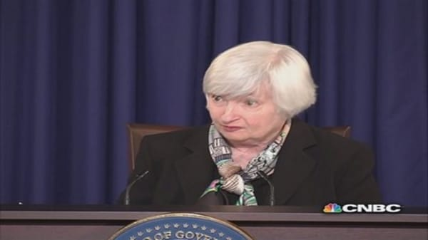 Yellen explains 'considerable period' ... sort of