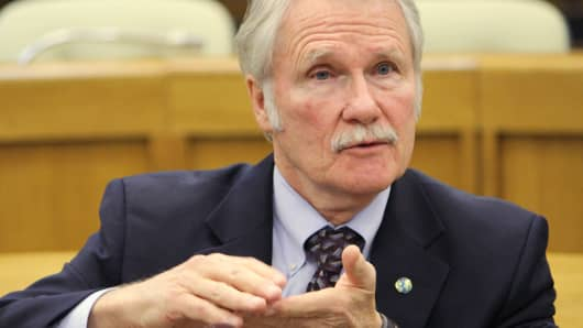 Oregon Gov. John Kitzhaber speaks to reporters Jan. 30, 2014 in Salem, Ore.