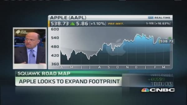 Apple in talks over streaming TV service: WSJ