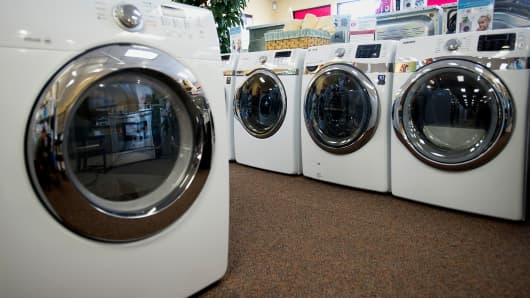 Washers and dryers are displayed for sale at the Jessup's Appliances store in Sarasota, Florida, Jan. 24, 2014.