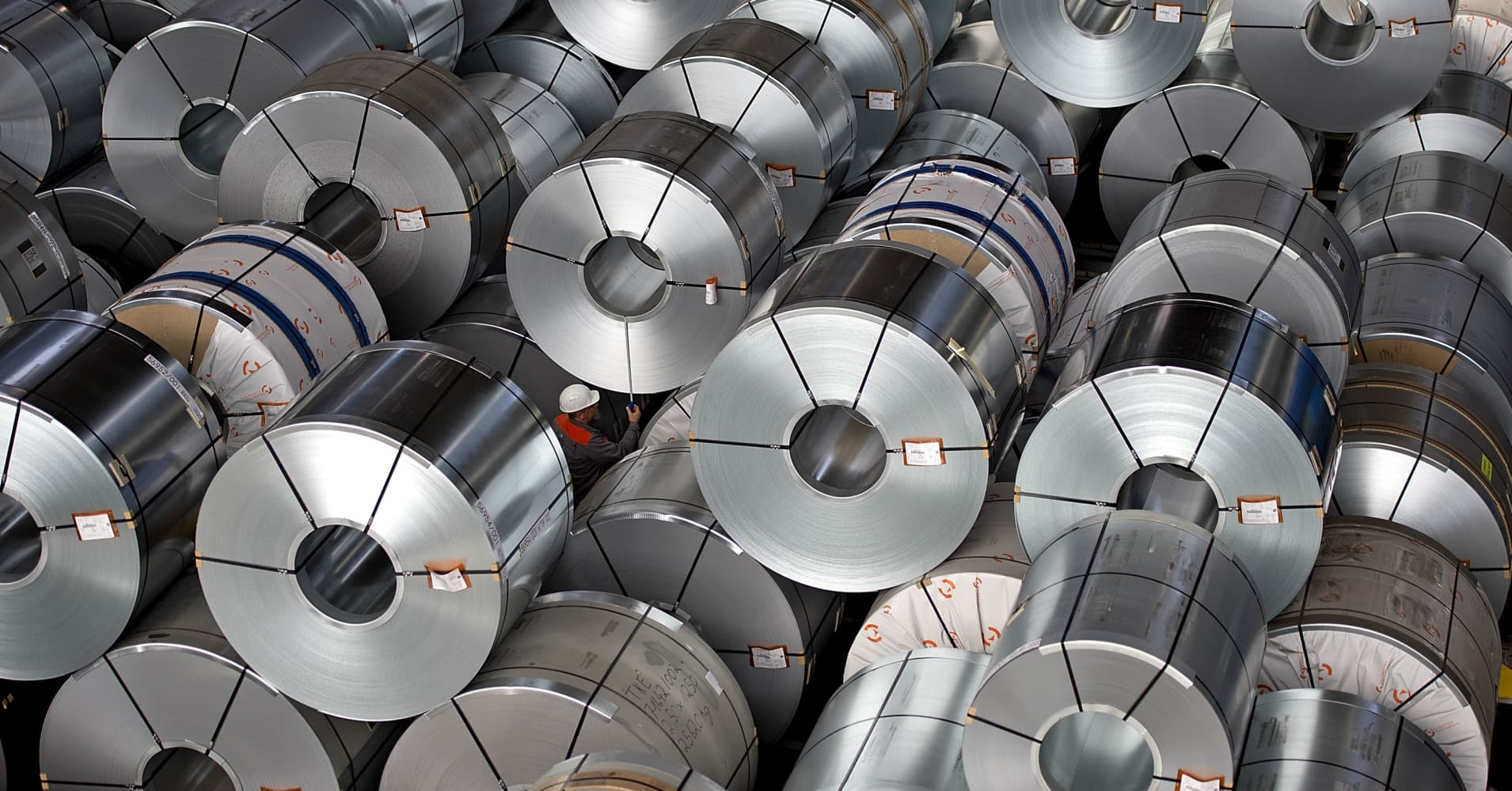 Steel industry on subsidy life-support as China economy slows Steel